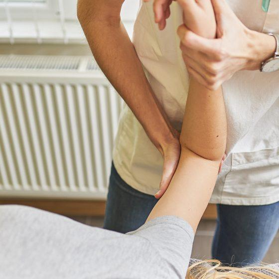 exercice kinésithérapie bras
